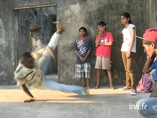 India: hip-hop, source of inspiration in the slums