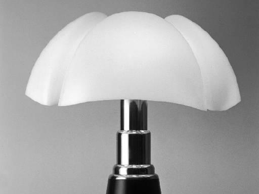 elles centrepompidou gae aulenti lampe poser. Black Bedroom Furniture Sets. Home Design Ideas