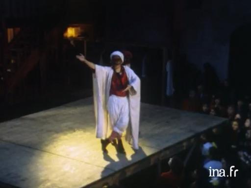 En scènes : le spectacle vivant en vidéo - L\'Âge d\'or - Ariane ...