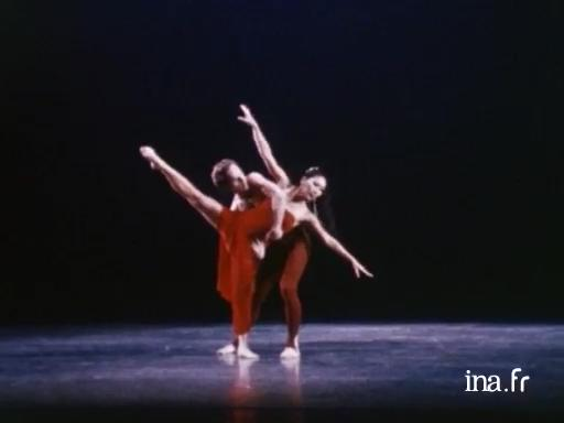 <i>Diversion of Angels</i> de Martha Graham