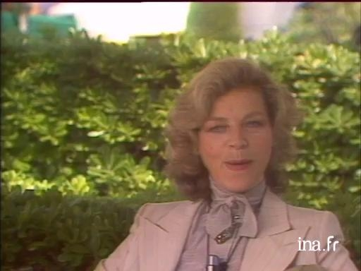 Lauren Bacall presents her autobiography
