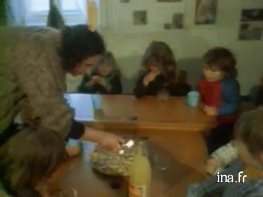 Diwan: skolioù-mamm e brezhoneg [Diwan: des écoles maternelles en breton]