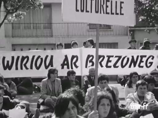 An Oriant : Kerzadenn GALV [La marche de GALV à Lorient] |